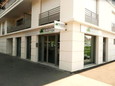 MAISON TRADITION ouvre une agence à Royan été 2013